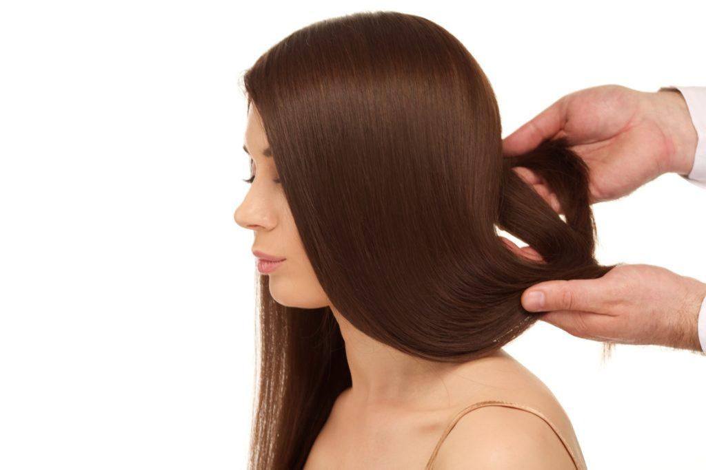 女性の薄毛の症状、原因、改善方法